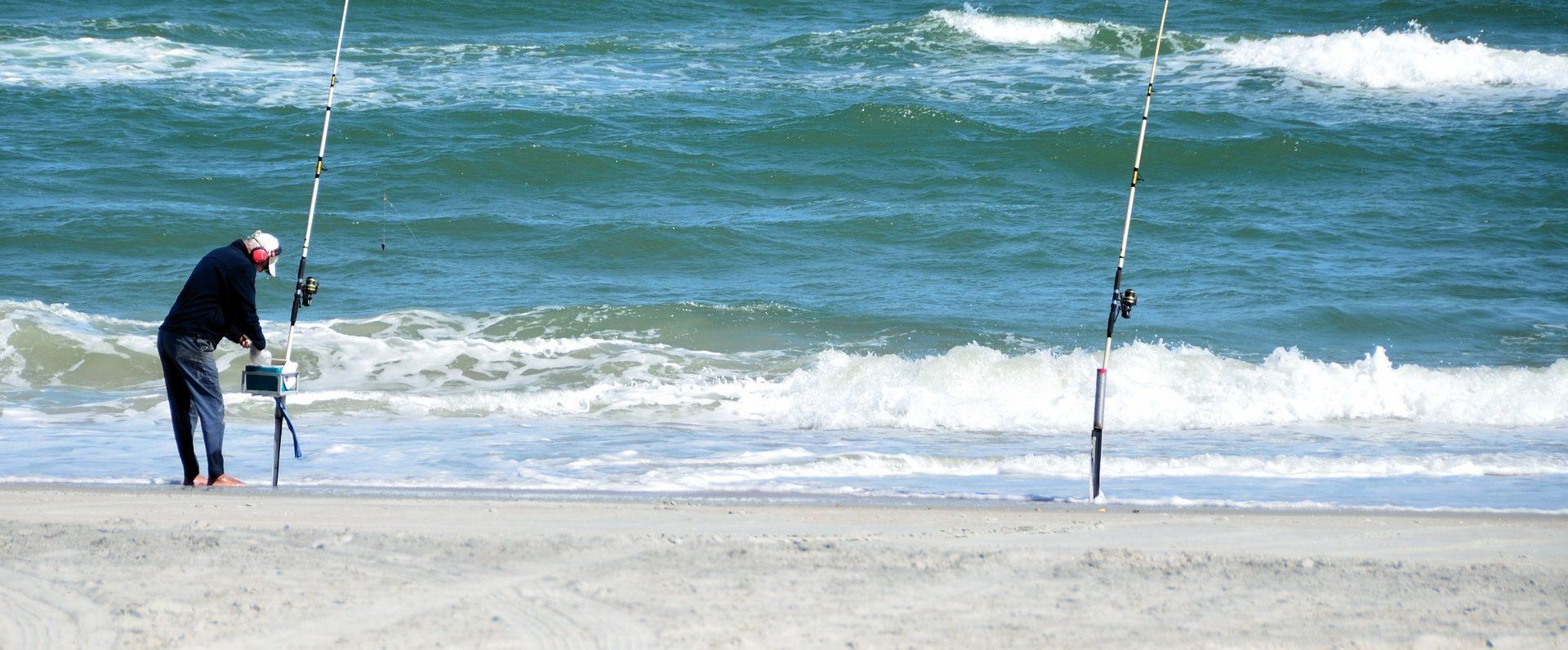surf-fisherman-2069142_1920